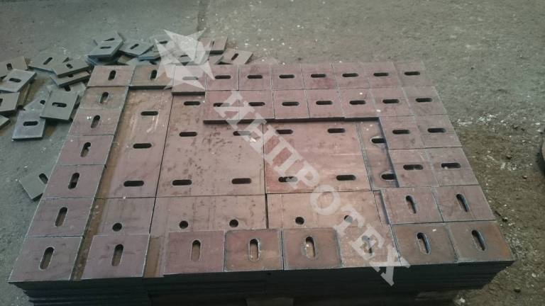 Детайли от листова стомана - 8мм до 120мм
